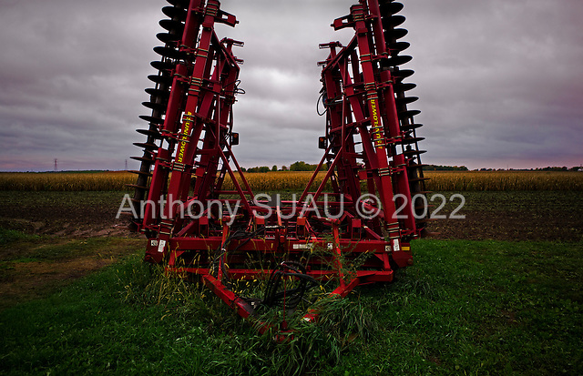 Tampico, Illinois<br /> October 15, 2014<br /> <br /> The Shrock farm is a USDA certified organic Amish family farm owned and run by Victor Shrock and his sons Derek and Kendall. The farm is 1,500 acres and averages 200 to 220 bushels an acres of certified organic feed corn as well as certified organic egg production which houses 15,000 chickens. They also raise grass feed beef that is not certified organic.