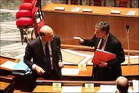 JEROME CAHUZAC ET PIERRE MOSCOVICI - 12 JANVIER 2013 - PARIS - FRANCE - SEANCE DES QUESTIONS AU GOUVERNEMENT A L'ASSEMBLEE NATIONALE