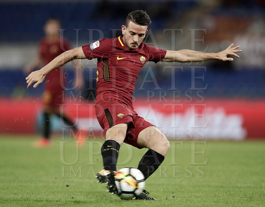 Calcio, Serie A: Roma, stadio Olimpico, 25 ottobre 2017.<br /> Roma's Alessandro Florenzi in action with during the Italian Serie A football match between AS Roma and Crotone at Rome's Olympic stadium, October 25, 2017.<br /> UPDATE IMAGES PRESS/Isabella Bonotto