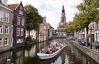 Nederland  Alkmaar  - September 2020 . Rondvaart. Op de achtergrond de Kaaswaag.  Foto : ANP/ Hollandse Hoogte / Berlinda van Dam