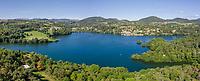 France, Puy de Dome, Volcans d'Auvergne Regional Natural Park, Aydat, Aydat lake (vue aérienne) // France, Puy-de-Dôme (63), Parc naturel régional des volcans d'Auvergne, Aydat, lac d'Aydat (vue aérienne)