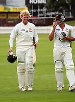 081215 Cricket - Wellington Firebirds v Central Stags