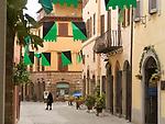 ITA, Italien, Marken, Camerino: Altstadtgasse | ITA, Italy, Marche, Camerino: olt town lane