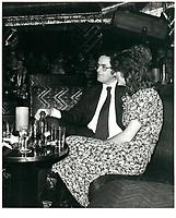 Francis Fox<br /> dans une discotheque (probablement CHEZ REGINE) , le 12 decembre 1978<br /> <br /> <br /> PHOTO :  Agence Quebec Presse