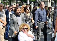 Marek HALTER et sa femme - Ruth ELKRIEF et son mari Claude CZECHOWSKI - Obseques Sonia Rykiel - Cimetiere du Montparnasse - Paris - FRANCE