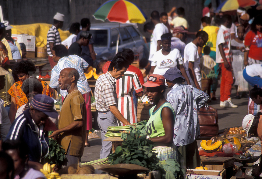 """AJ2539, street market, Trinidad, Trinidad and Tobago, Caribbean, Port of Spain, Caribbean Islands, Local people selling produce on """"""""Market Day"""""""" in the city of Port of Spain the capital city on the island of Trinidad (a British Commonwealth member)."""