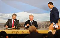 FOZ DO IGUAÇU, PR, 21.12.2018 – TEMER-PR –  O Presidente do Brasil, Michel Temer (MDB), e do Paraguai, Mario Abdo Benítez, durante assinatura da Declaração Presidencial Conjunta Brasil-Paraguai sobre Integração Física, que autoriza a construção das duas pontes entre os dois países na tarde desta sexta-feira (21) em Foz do Iguaçu(PR). (Foto: Paulo Lisboa/Brazil Photo Press)