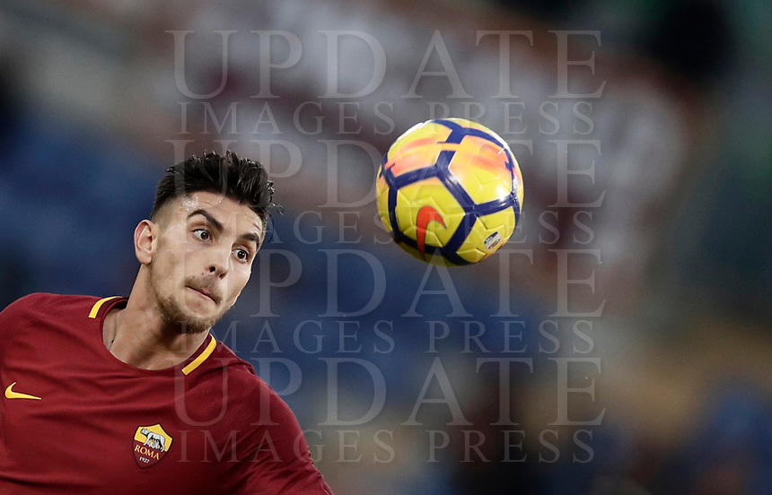 Calcio, Serie A: AS Roma - Sassuolo, Roma, stadio Olimpico, 30 dicembre 2017.<br /> Roma's Lorenzo Pellegrini in action during the Italian Serie A football match between AS Roma and Sassuolo at Rome's Olympic stadium, 30 December 2017.<br /> UPDATE IMAGES PRESS/Isabella Bonotto