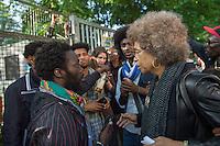 2015/05/15 Berlin | US-Menschenrechtlerin Angela Davis trifft Flüchtlinge