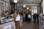 Deutschland, Freistaat Sachsen, Dresden: Dresdner Molkerei, Gebrueder Pfund, Milchladen, Kaeseladen | Germany, the Free State of Saxony, Dresden: diary Brothers Pfund, milk shop, cheese shop