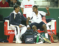 20030919, Zwolle, Davis Cup, NL-India, The Indian bench Amritraj end Krishnan