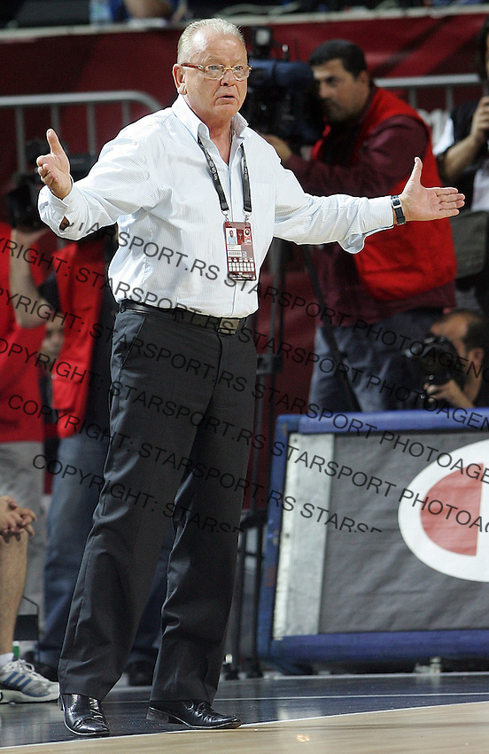 Dusan IVKOVIC (Serbia) head coach, riects during the quarter final World championship basketball match against Spain in Istanbul, Serbia-Spain, Turkey on Wednesday, Sep. 08, 2010.(Novak Djurovic/Starsportphoto.com).