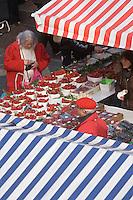 Europe/France/06/Alpes-Maritimes/Nice: Etal de Fraises sur le Marché du Cours Saleya