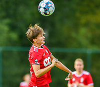 Maurane Marinucci (7) of Standard heads the ball during a female soccer game between Standard Femina de Liege and Eendracht Aalst dames on the fourth matchday in the 2021 - 2022 season of the Belgian Scooore Womens Super League , Saturday 11 th of September 2021  in Angleur , Belgium . PHOTO SPORTPIX | BERNARD GILLET