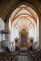 Europe/France/Midi-Pyrénées/46/Lot/Espagnac-Sainte-Eulalie: l'église Notre-Dame-de-Val-Paradis- la nef et le choeur et son retable de bois doré du XVIII éme