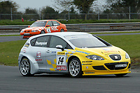 Round 2 of the 2006 British Touring Car Championship. #14 James Thompson. (GBR). SEAT Sport UK. SEAT Leon.