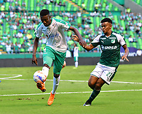 PALMASECA-COLOMBIA,09 -09-2018.Darwin Andrade (Der.) del Deportivo Cali disputa el balón con Hansel Zapata (Izq.) de Equidad durante partido por la fecha 9 de la Liga Águila II 2018 jugado en el estadio Deportivo Cali de la ciudad de Palmira./Darwin Andrade (R) player of Deportivo Cali  fights for the ball with Hansel Zapata(L) of Equidad during the match for the date 9 of the Aguila League II 2018 played at Alfonso Lopez  stadium in Palmaseca city. Photo: VizzorImage/ Nelson Rios / Contribuidor