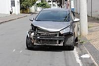 Campinas - SP, 17/03/2021 - Policia - Depois do roubo de veículo em Jaguariúna, cinco pessoas foram presas na manhã desta quarta-feira (17), em Campinas, após uma perseguição na Rodovia Governador Adhemar Pereira de Barros (SP-340). Durante a ocorrência, o trânsito na via foi bloqueado.