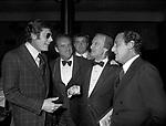 ALBERTO SORDI CON MARCELLO MASTROIANNI, NUNZIO FILOGAMO SERATA HILTON HOTEL ROMA 1973