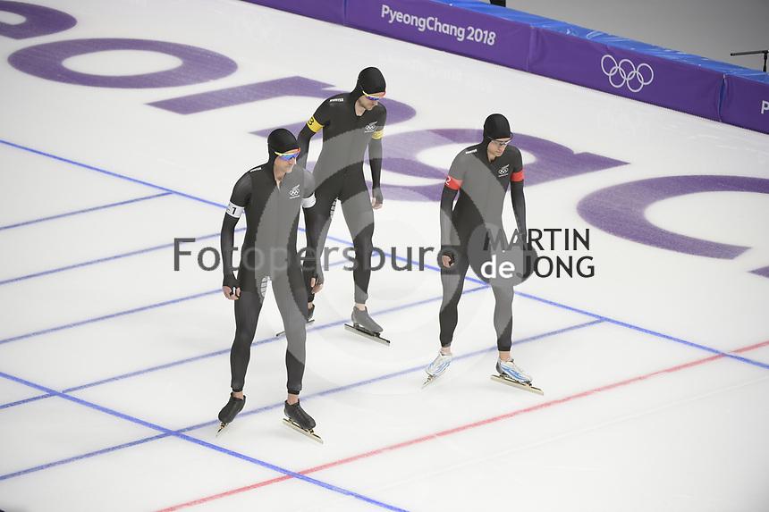 OLYMPIC GAMES: PYEONGCHANG: 21-02-2018, Gangneung Oval, Long Track, Team Pursuit, Team New Zealand, Shani Dobbin, Kay Reyon, Peter Michael, ©photo Martin de Jong