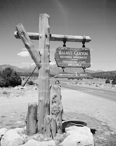 0410-01 Walnut Canyon National Park road sign, near Flagstaff, Arizona 1936