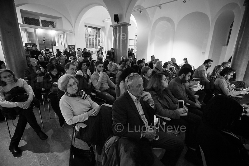 "Rome, 08/02/2019. Moby Dick Library & Cultural Hub in Garbatella district & Antimafia Duemila (2.) held the presentation of the book ""Il Patto Sporco"" (The Dirty Pact. The Trial State-mafia in the Story [narrated] by his Protagonist, Chiarelettere, 1.) hosted by the author of the book Saverio Lodato (Journalist & Author), Antonino 'Nino' Di Matteo (Protagonist of the book, Antimafia Magistrate of Palermo, member of the DNA - Antimafia & Antiterrorism National Directorate - who ""prosecuted the Italian State for conspiring with the Mafia in acts of murder and terror"", 3.4.5.6.) & Giorgio Bongiovanni (Editor of Antimafia Duemila). Chair of the event was Silvia Resta (Journalist & Author). Readers were: Bianca Nappi & Carlotta Natoli (both Actresses). From the back cover of the book: ""Let us ask ourselves why politics, institutions, culture, have needed the words of judges to finally begin to understand…A handful of magistrates and investigators have shown not to be afraid to prosecute the [Italian] State. Now others must do their part too"" (Nino Di Matteo). ""In the pages of this book I wanted the magistrate, the man, the protagonist and the witness to speak about a trial destined to leave its mark"" (Saverio Lodato). From the book online page: ""The attacks to Lima [politician], Falcone & Borsellino [Judges], the bombs in Milan, Florence, Rome, the murders of valiant police commissioners & officers of the carabinieri. The [Italian] State on its knees, its best men sacrificed. However, while the blood of the massacres was still running there were those who, precisely in the name of the State, dialogued and interacted with the enemy. The sentence of condemnation of Palermo [""mafia-State negotiation"" trial which is told in the book], against the opinion of many 'deniers', proved that the negotiation not only was there but did not avoid more blood. On the contrary, it provoked it"" (1.).<br />