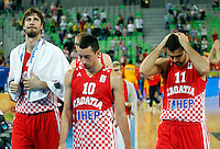 "Croatia`s national basketball team players Ante Tomic,  Roko Leni Ukic and Krunoslav Simon leave court after European basketball championship ""Eurobasket 2013""  basketball game for 3rd place between Spain and Croatia in Stozice Arena in Ljubljana, Slovenia, on September 22. 2013. (credit: Pedja Milosavljevic  / thepedja@gmail.com / +381641260959)"