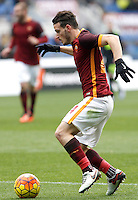 Calcio, Serie A: Roma vs Hellas Verona. Roma, stadio Olimpico, 17 gennaio 2016.<br /> Roma's Alessandro Florenzi in action during the Italian Serie A football match between Roma and Hellas Verona at Rome's Olympic stadium, 17 January 2016.<br /> UPDATE IMAGES PRESS/Isabella Bonotto