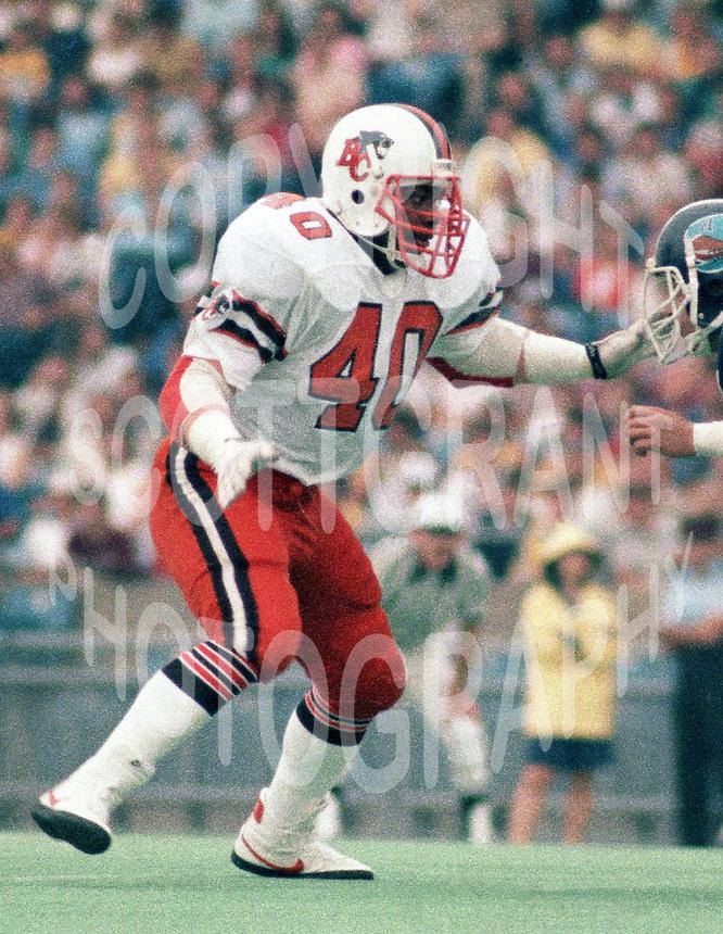 """James """"quick"""" Parker BC Lions 1983. Copyright photograph Scott Grant/"""
