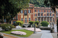 Europe/Italie/Lac de Come/Lombardie/Cernobbio : Villa d'Este (XVI°) et les jardins