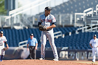 Glendale Desert Dogs relief pitcher Dalbert Siri (39), of the Cleveland Indians organization, gets ready to deliver a pitch during an Arizona Fall League game against the Peoria Javelinas at Peoria Sports Complex on October 22, 2018 in Peoria, Arizona. Glendale defeated Peoria 6-2. (Zachary Lucy/Four Seam Images)