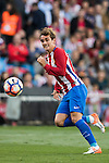 Antoine Griezmann of Atletico de Madrid in action during their La Liga match between Atletico de Madrid and Granada CF at the Vicente Calderon Stadium on 15 October 2016 in Madrid, Spain. Photo by Diego Gonzalez Souto / Power Sport Images