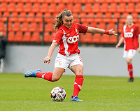 Standard's Davinia Vanmechelen (25) in action during a female soccer game between Standard Femina de Liege and KRC Genk Ladies  on the third matchday of the 2020 - 2021 season of Belgian Womens Super League , Saturday 3 rd of October 2020  in Liege , Belgium . PHOTO SPORTPIX.BE   SPP   SEVIL OKTEM