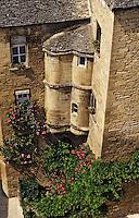 Europe/France/Aquitaine/24/Dordogne/Vallée de la Dordogne/Périgord/Périgord Noir/Sarlat-la-Canéda: Hôtel de Vassal (XVème) - Détail des tours d'angle