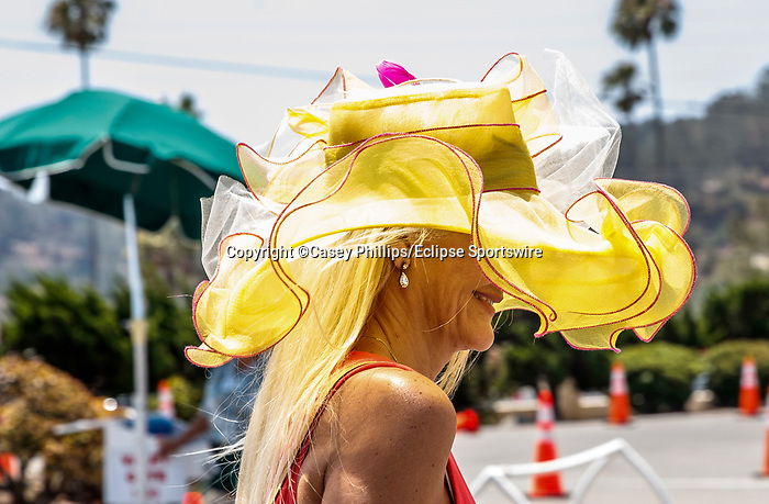 DEL MAR, CA  JULY 16: Yellow hat  (Photo by Casey Phillips/ Eclipse Sportswire/ CSM)