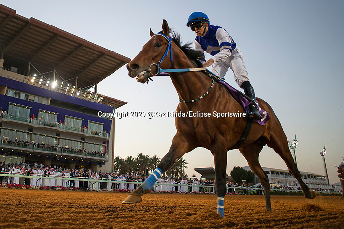 RIYADH,SAUDI ARABIA-FEB 28: Paris,ridden by Mike Smith,wins the 3rd leg of International Jockeys Challenge at King Abdulaziz Racetrack on February 28,2020 in Riyadh,Saudi Arabia. Kaz Ishida/Eclipse Sportswire/CSM