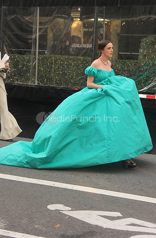 NEW YORK, NY- SEPTEMBER 13: Bee Shaffer seen exiting The Mark Hotel on the way to the 2021 Met Gala in New York City on September 13, 2021. Credit: Erik Nielsen/MediaPunch