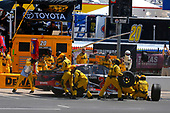 2017 Monster Energy NASCAR Cup Series<br /> O'Reilly Auto Parts 500<br /> Texas Motor Speedway, Fort Worth, TX USA<br /> Sunday 9 April 2017<br /> Matt Kenseth Toyota Let's Go Placess Toyota Camry pit stop<br /> World Copyright: Russell LaBounty/LAT Images<br /> ref: Digital Image 17TEX1rl_4624
