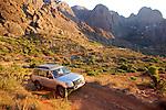 Campement à Aït Iften (1500 m), au pied du djebel Lekst..