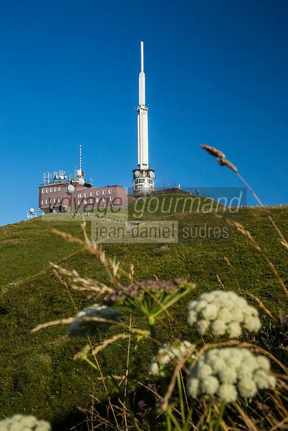 Europe/France/Auverne/63/Puy-de-Dôme/Parc Naturel Régional des Volcans: Sommet du Puy de Dome - Laboratoire et antenne