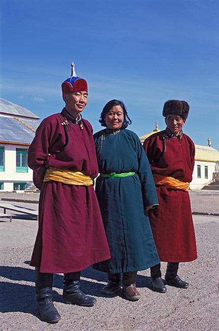 MONGOLIA, ULAANBAATAR, GANDAN HILL MONASTERY, TIBETAN BUDDHISM, MONGOLIAN PEOPLE