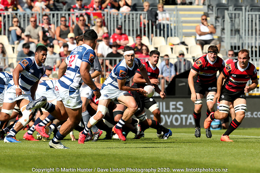 Action from the Mitre 10 Cup rugby match between Canterbury and Auckland at Orangetheory Stadium in Christchurch , New Zealand on Sunday, 15 November 2020. Photo: Martin Hunter / lintottphoto.co.nz