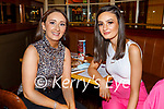 Hannah O'Halloran and Laura Stack enjoying the evening in the Mall Tavern on Saturday.