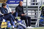 Sebastian Hoeneß (Hoeness, Trainer, Cheftrainer, Hoffenheim) macht sich Notizen, Aktion, Action, Spielszene, 21.11.2020, Sinsheim  (Deutschland), Fussball, Bundesliga, TSG 1899 Hoffenheim - VfB Stuttgart, DFB/DFL REGULATIONS PROHIBIT ANY USE OF PHOTOGRAPHS AS IMAGE SEQUENCES AND/OR QUASI-VIDEO. <br /> <br /> Foto © PIX-Sportfotos *** Foto ist honorarpflichtig! *** Auf Anfrage in hoeherer Qualitaet/Aufloesung. Belegexemplar erbeten. Veroeffentlichung ausschliesslich fuer journalistisch-publizistische Zwecke. For editorial use only.