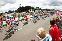 Surrey Classic Cycle Race  Olympic Test event , Hampton Court ,  Surrey , August 2011 pic copyright Steve Behr / Stockfile