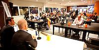 30-11-10, Tennis, Rotterdam, Persconferentie REAAL Tennis Masters, Toernooi directeur Raemon Sluiter (l) en Rohan Goetzke achter de tafel