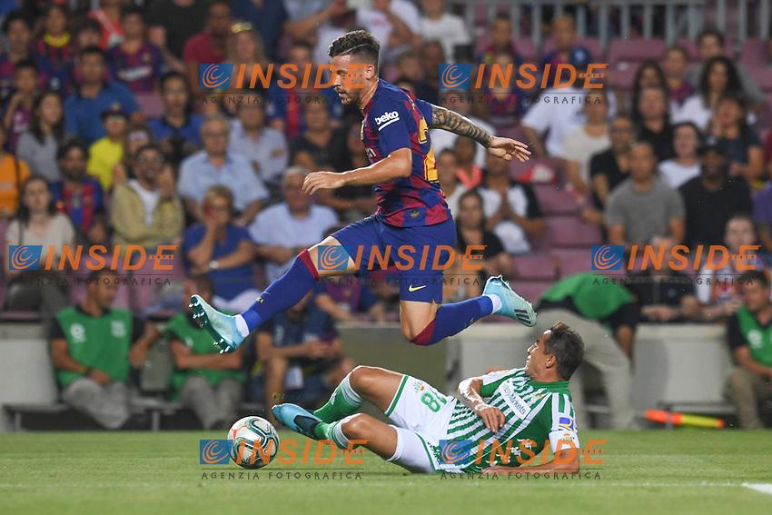 FOOTBALL: FC Barcelone vs Real Betis - La Liga-25/08/2019<br /> Carles Perez (FCB), Guardado (Betis)<br />  <br /> 25/08/2019 <br /> Barcelona - Real Betis  <br /> Calcio La Liga 2019/2020  <br /> Photo Paco Largo/Panoramic/insidefoto