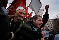 PRISTINA / KOSOVO - FEB.2008.MANIFESTAZIONE DEI KOSAVARI DI ETNIA ALBANESE PER L'INDIPENDENZA DA BELGRADO..FOTO LIVIO SENIGALLIESI..PRISHTINA / KOSOVO - FEB.2008.PROTEST OF ETHNIC ALBANIANS FOR INDIPENDENCE..PHOTO LIVIO SENIGALLIESI