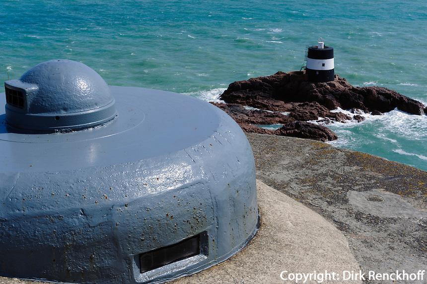 Noirmont Tower und Deutscher Bunker am Noirmont Point, Insel Jersey, Kanalinseln