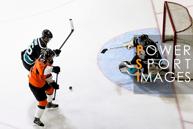 Cathay Flyers Goalie Jasen Await (R) in action during the Mega Ice Hockey 5s match between Cathay Flyers and HK Tigers on May 04, 2018 in Hong Kong, Hong Kong. Photo by Marcio Rodrigo Machado / Power Sport Images
